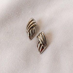 Vintage - Silver Textured Studs